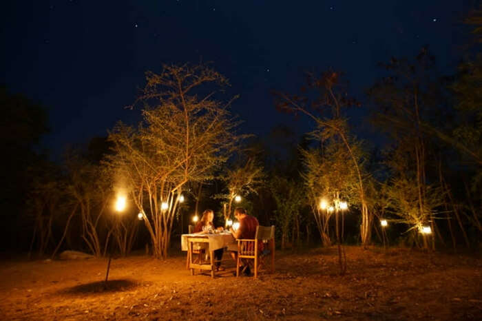 Couple on a romantic dinner in Sri Lanka