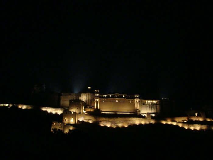 beautiful amer fort at night