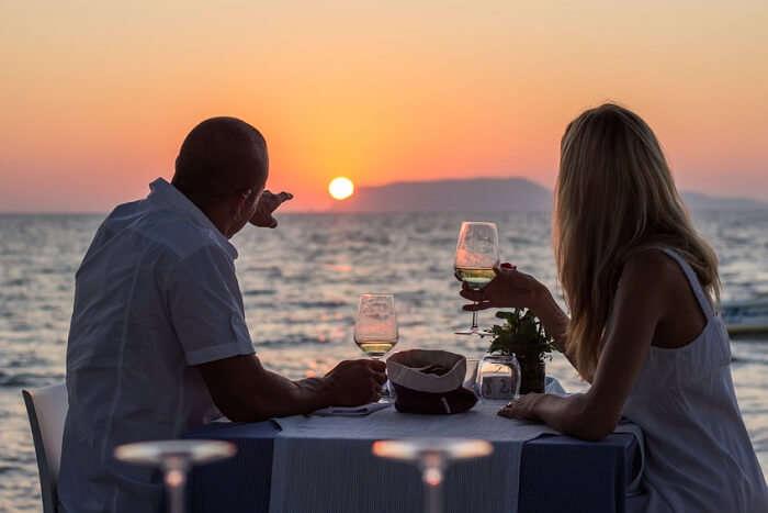 Fine dining couple in Mallorca