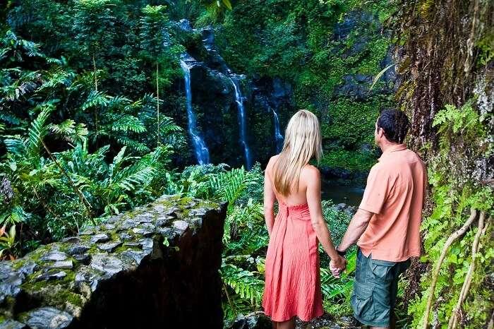 Adventurous Couple in Maui