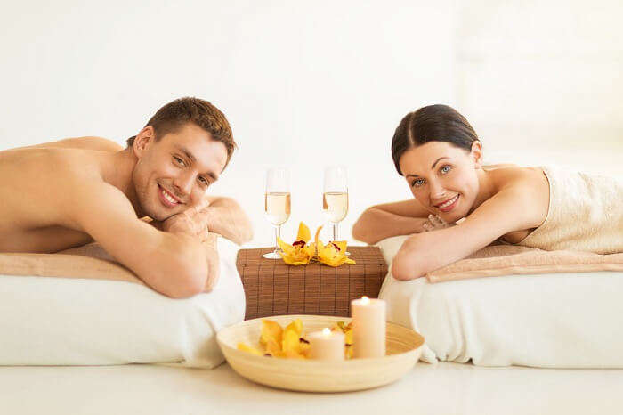 Couple's romantic spa massage