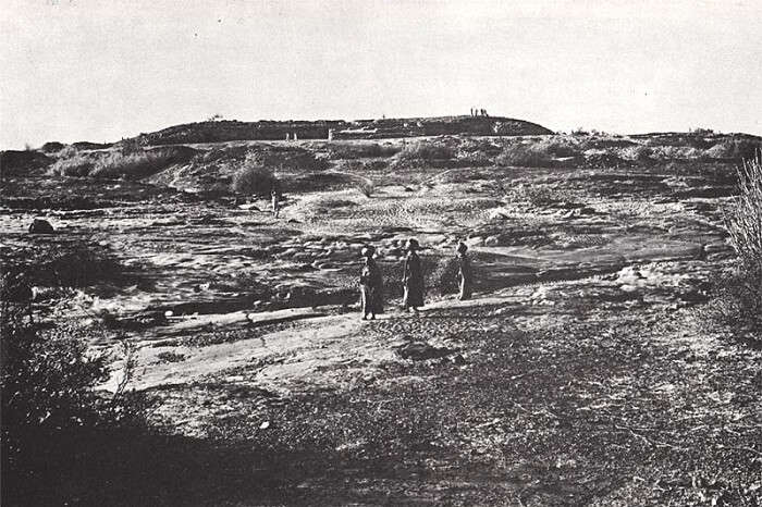 An old picture of the Surkotada ruins in India