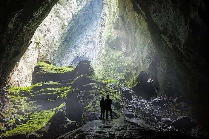 Honeymoon couple caving in Portugal