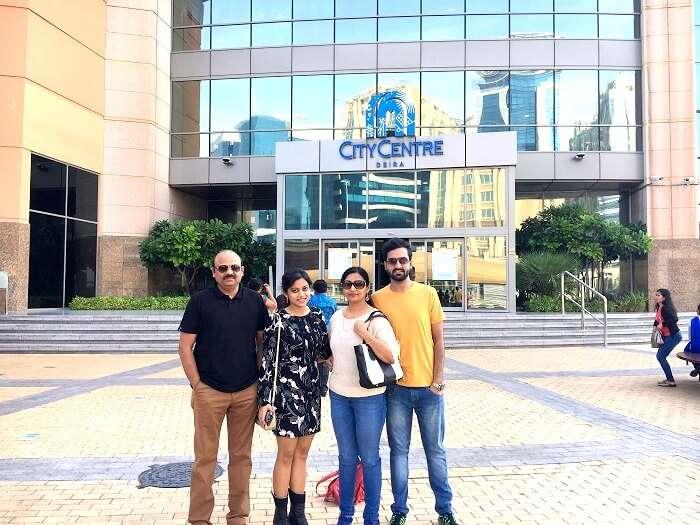 Tourists in Dubai mall