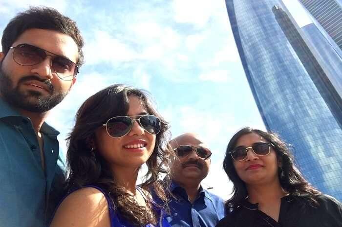 Group sightseeing in Dubai