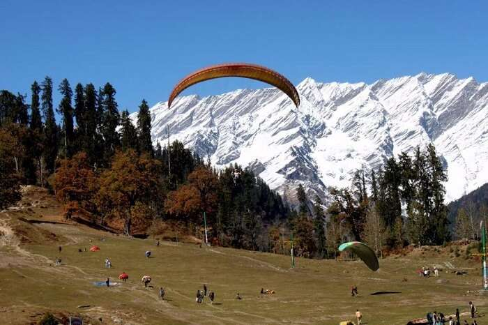 Paragliding in Kasauli