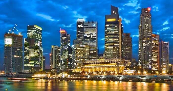 Singapore vibrant nightlife