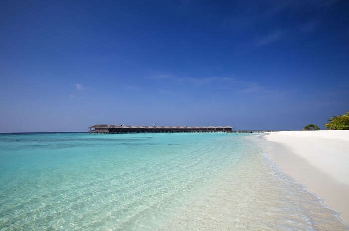 beautiful island in maldives