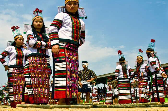 Mizoram women bamboo dance Chapchar Kut