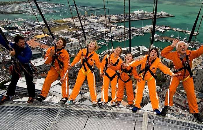 skywalk-hanging-out-on-the-edge