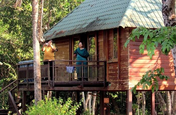 Places To stay Kerala