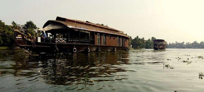 romantic stay houseboat kerala