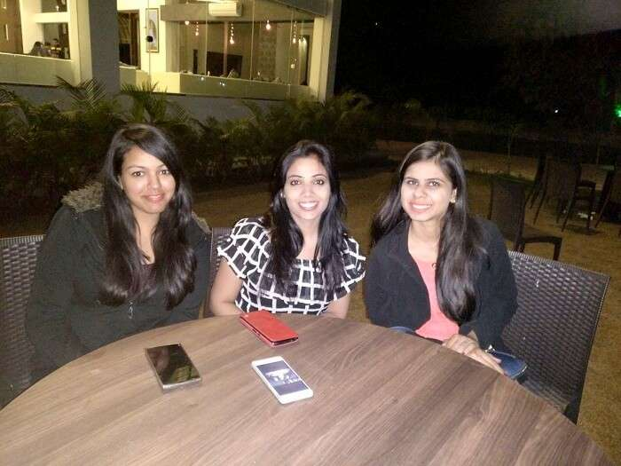 Girls staying in Jim Corbett resort