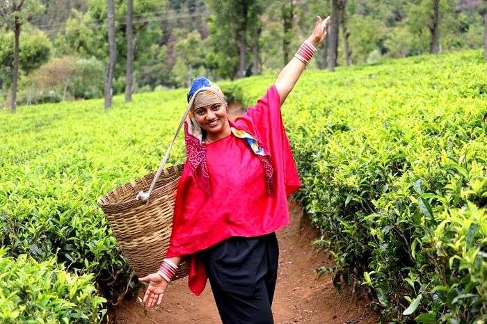female tourist in Ooty