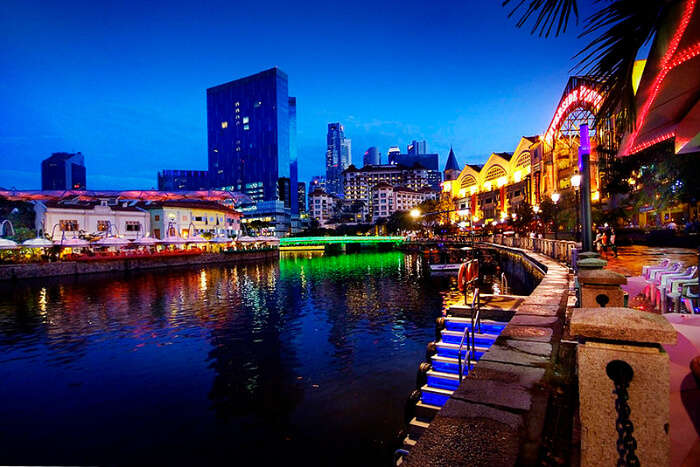 Spend an evening at Clarke Quay