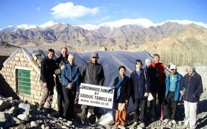 Travelers from UK donating greenhouse to the locals of Ladakh