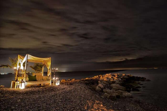 A romantic setup in Plaka in Greece