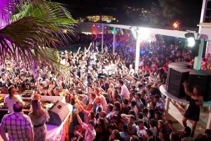 A nightclub in Greece bustling with crowd