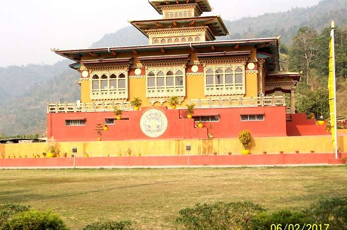 places to visit in Phuentsoling