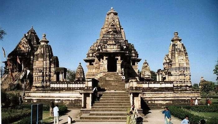 -Khajuraho_tempel_india