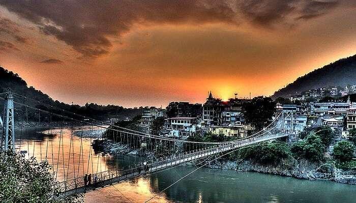 Rishikesh_-_Lakshman_Jhula