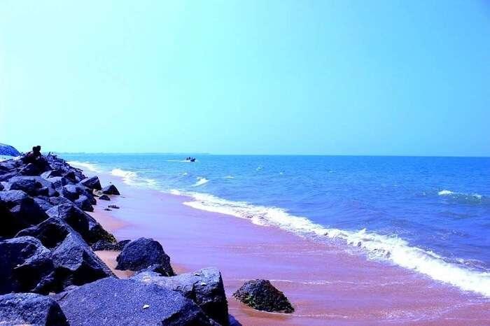 beach negombo sri lanka