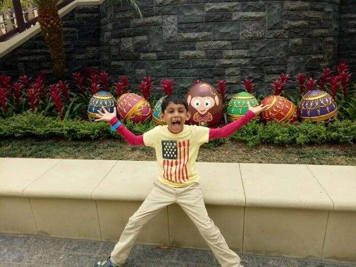 disneyland visit hong kong