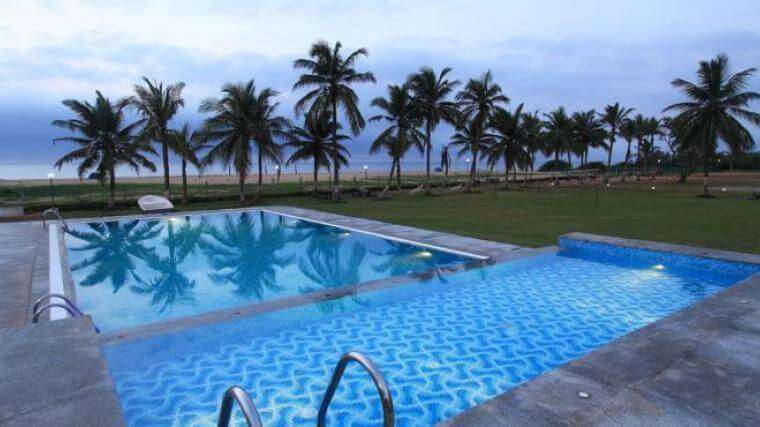 Pool view of Surya Beach Resort in Chennai by the sea in Pondicherry