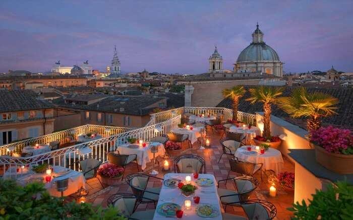 Romantic setting in a restaurant in Rome