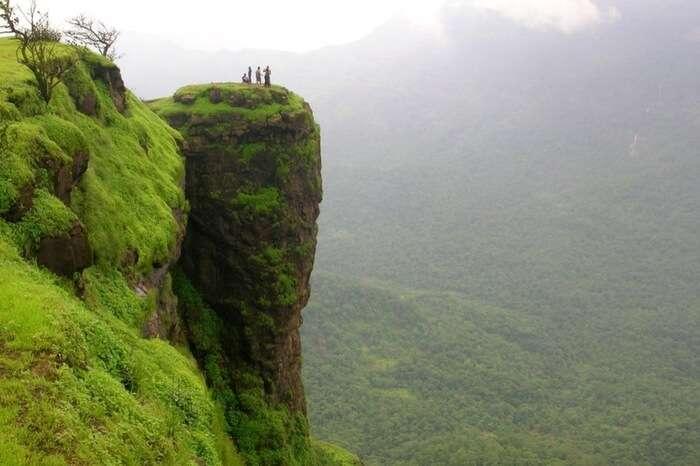 Breathtaking clifftop view in Matheran in Raigad