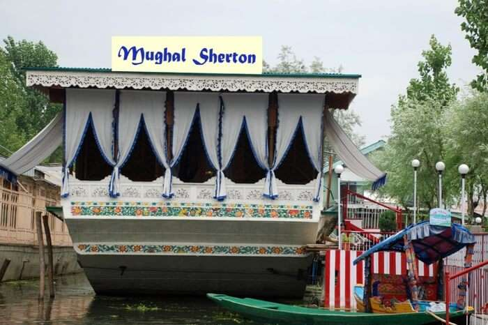Front view of Mughal Sherton in kashmir
