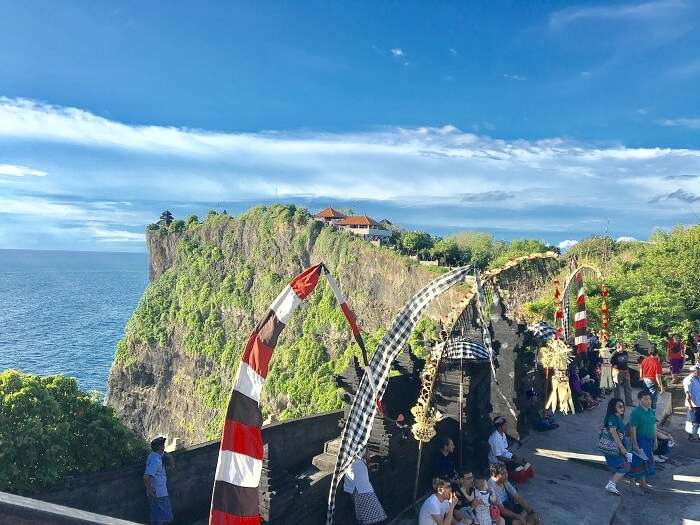 uluwatu temple tour in bali