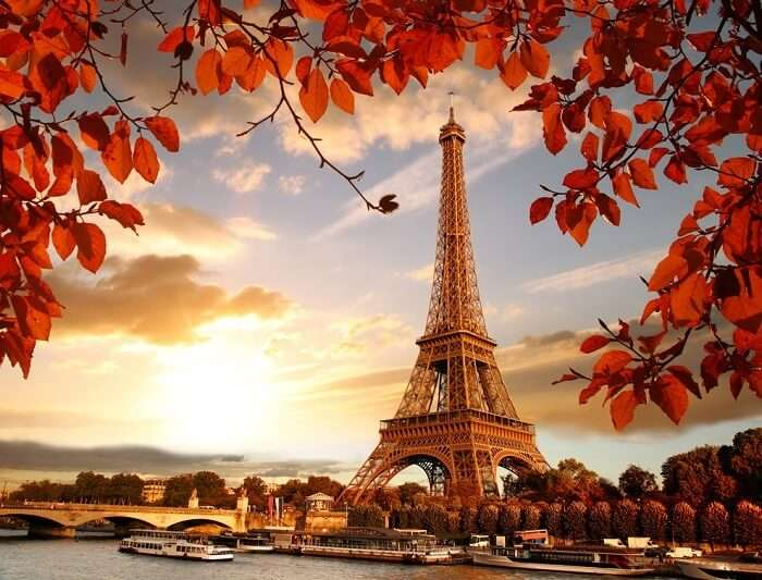 autumn season in paris