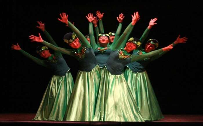 women dancing in summer festivals in Shimla