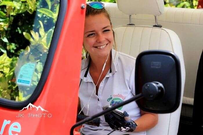 female tuk-tuk driver in Reunion Island, France