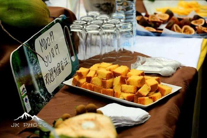 snacks at the airport, Reunion Island