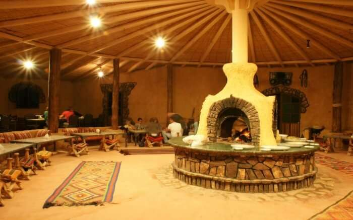 Dining area of Bait Ali Lodge - lovely property for glamping in Wadi Rum