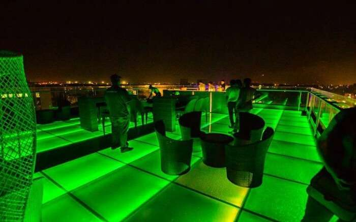 Beautiful rooftop disc and restaurant of Atmosphere 6 in Pune