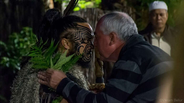 maori way of greeting people