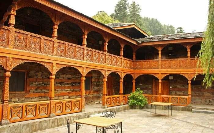 Hotel Castle Naggar in Kullu