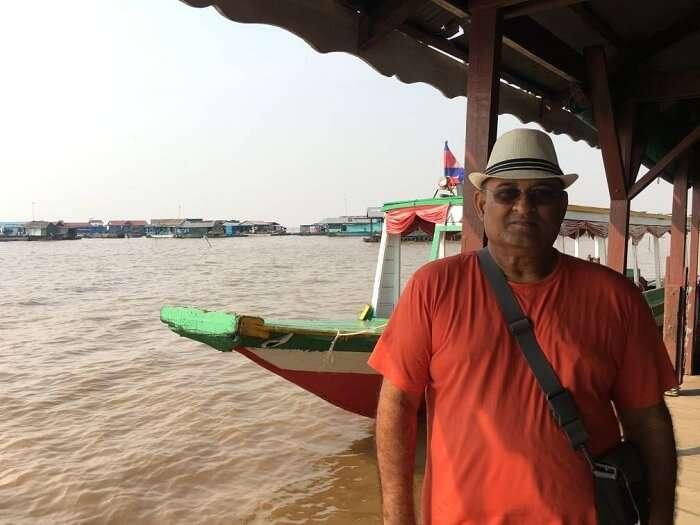 boating tonle sap river