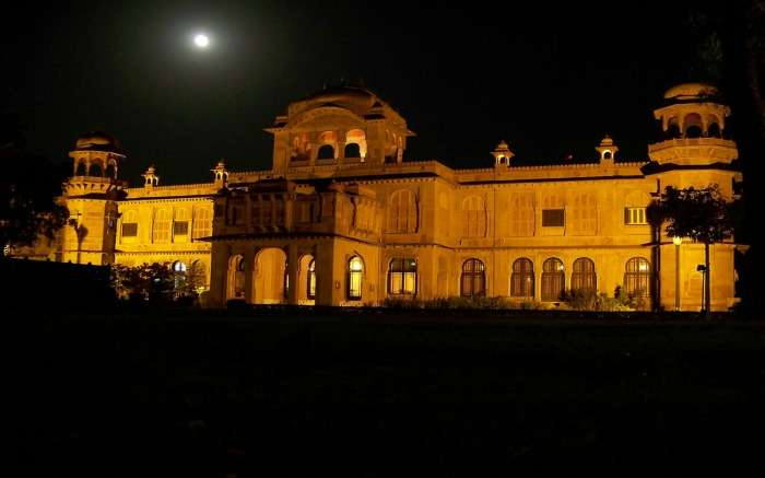 Lalgarh Palace at night in Bikaner
