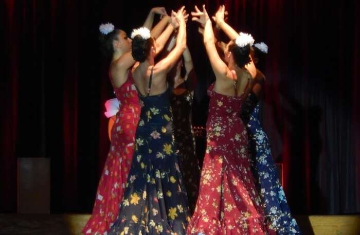 Flamenco Dancers Dresses Spain Dance Show