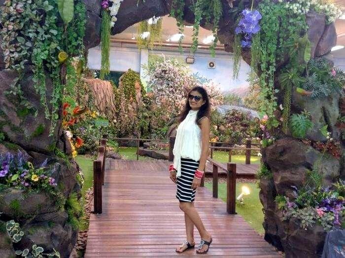 nileshs wife in safari world