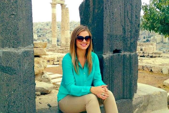Kiersten aka The Blonde Abroad on a trip to the Citadel of Herculus in Amman in Jordan