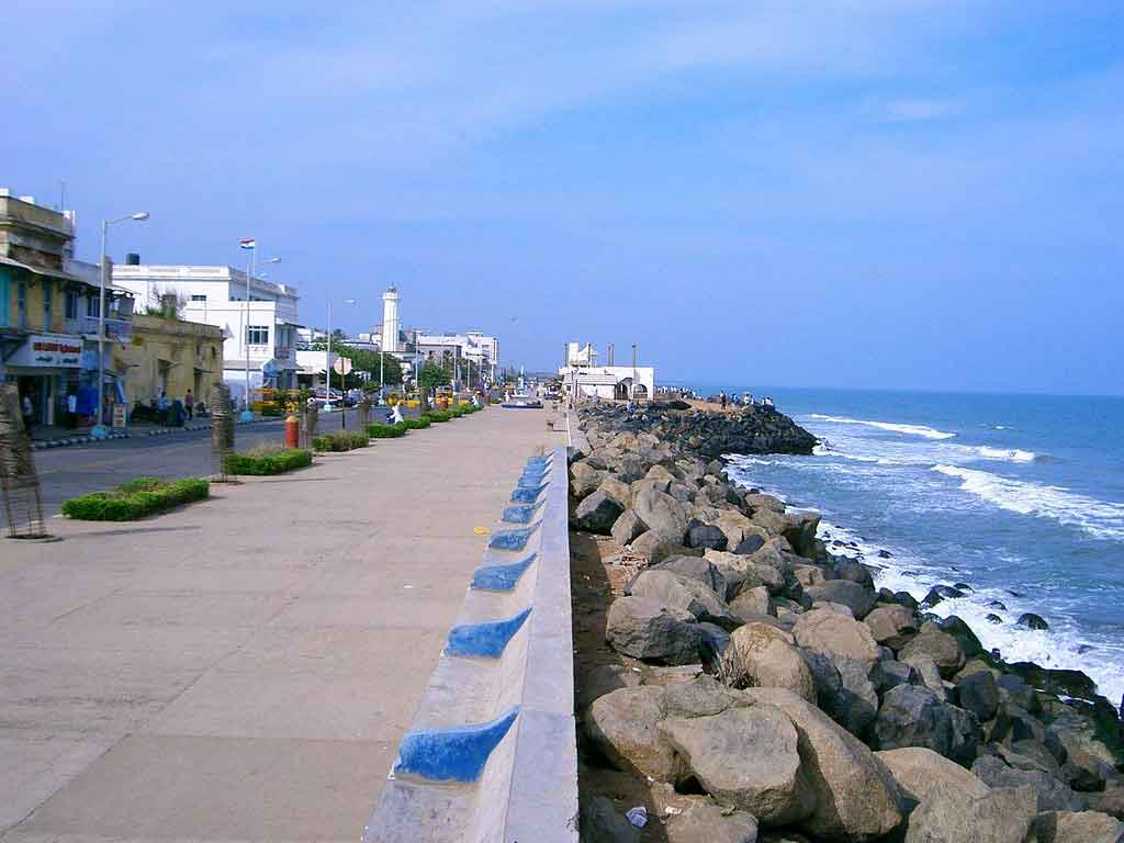 Mahe Beach in Pondicherry