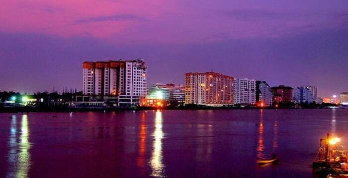 marine drive kochi at night