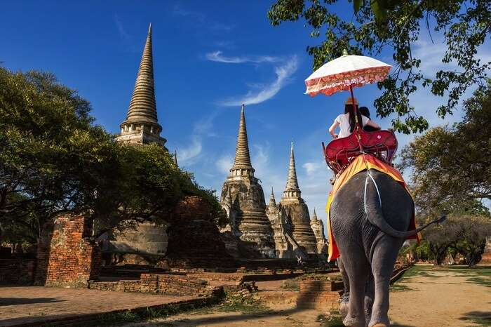 ayuttha temple thailand