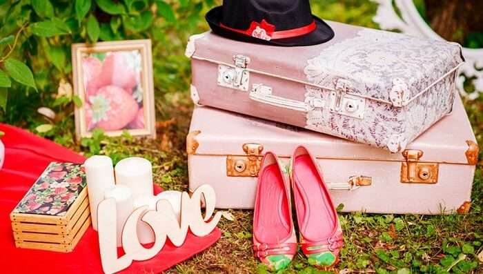 shopping for wedding