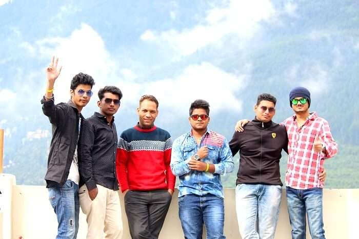friends trip to Manali